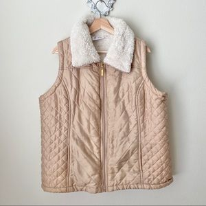 Denim & co / D & Co tan vest with Sherpa lining